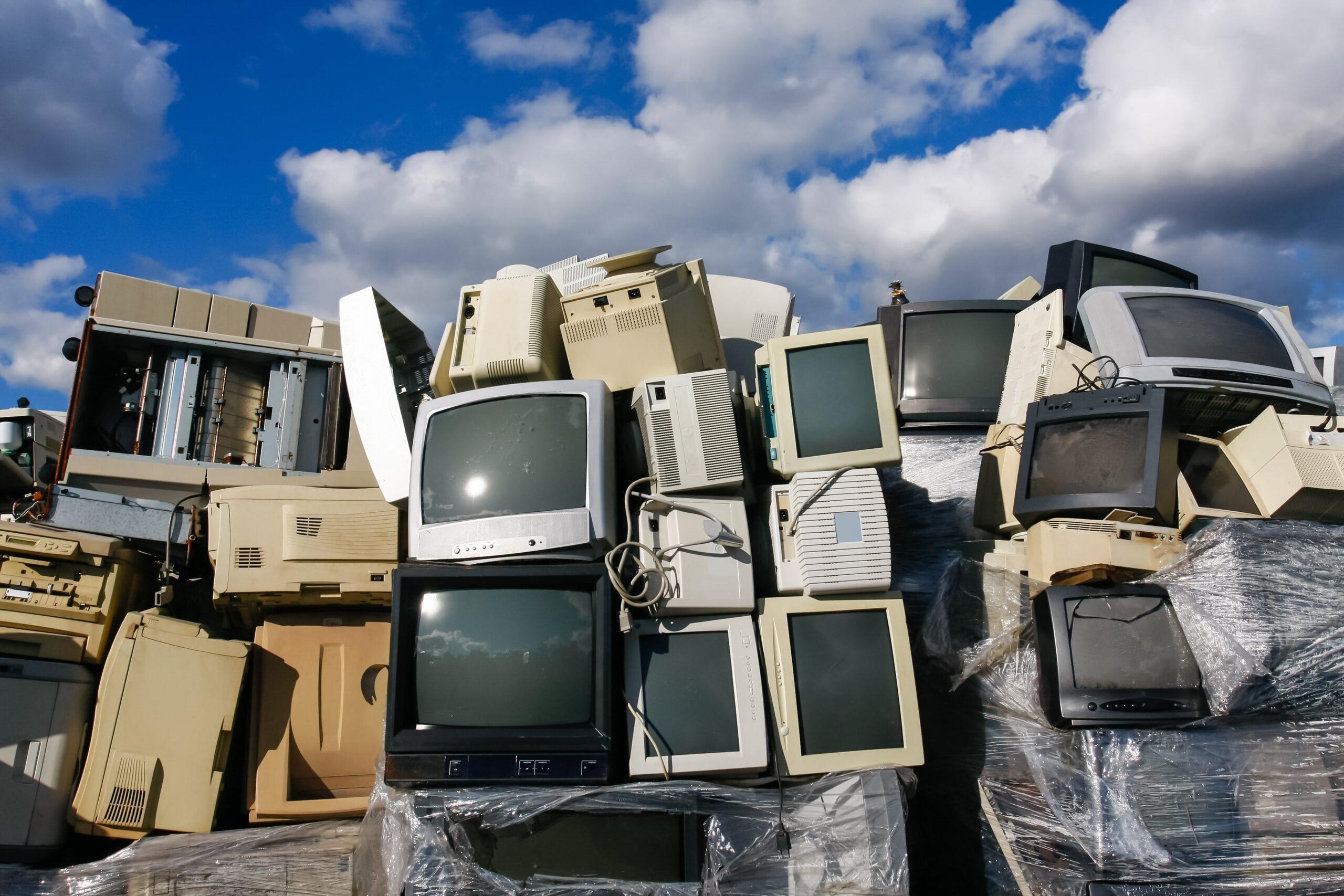 El reciclaje de residuos electrónicos, una alternativa a la extracción en yacimientos